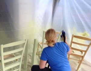 Spray painting the kitchen chairs