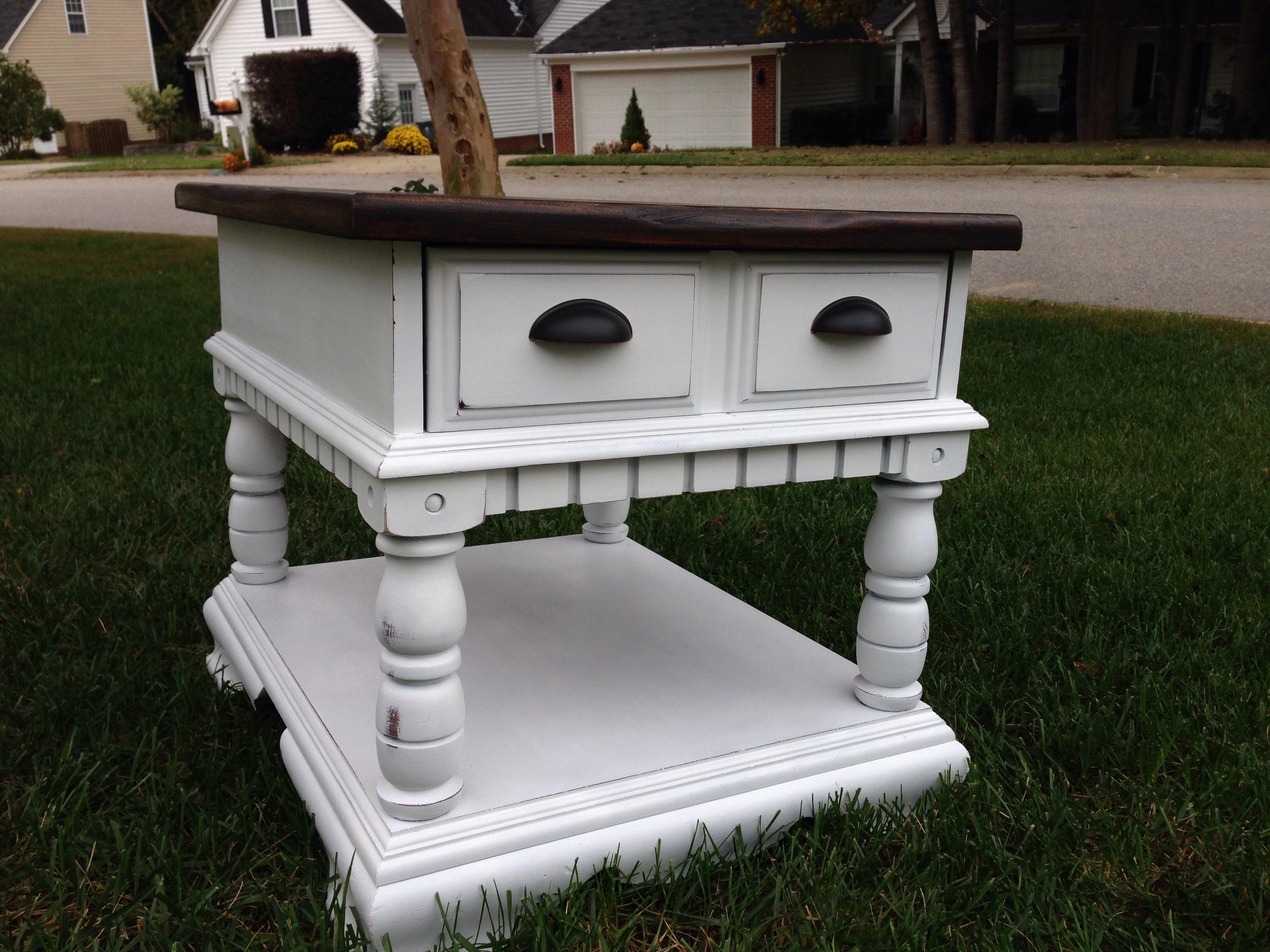 Picture of: Broyhill End Table With Drawer Fresh Vintage Nc