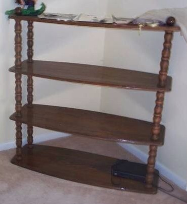 Oak Spindle Bookshelf 01