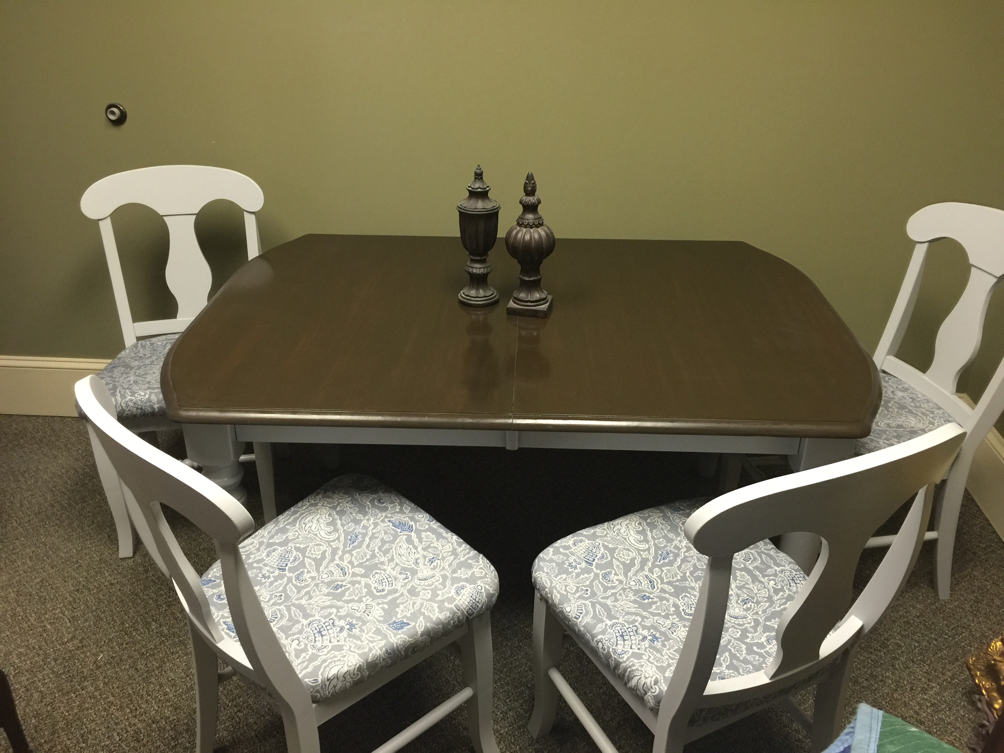 Rock Maple table with 4 chairs Fresh Vintage NC : IMG8480 from www.freshvintagenc.com size 3264 x 2448 jpeg 2049kB