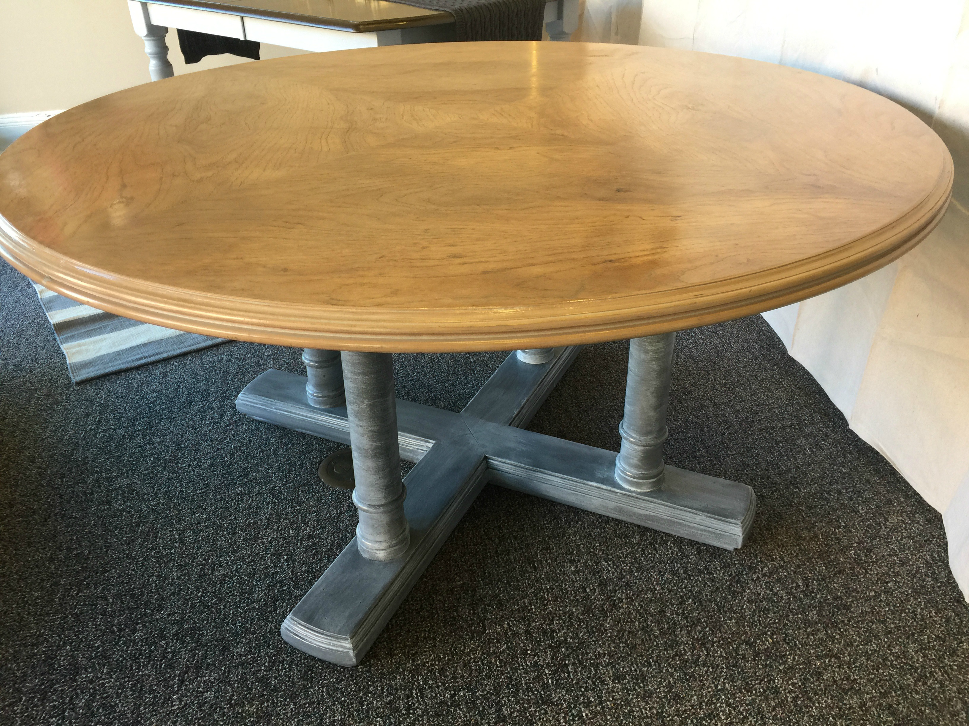 Oak Pedestal Table ~ Quot round oak pedestal table fresh vintage nc